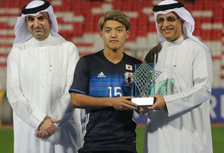 Cau thu bi don co goc Viet xuat sac nhat VCK U19 chau A - Anh 1