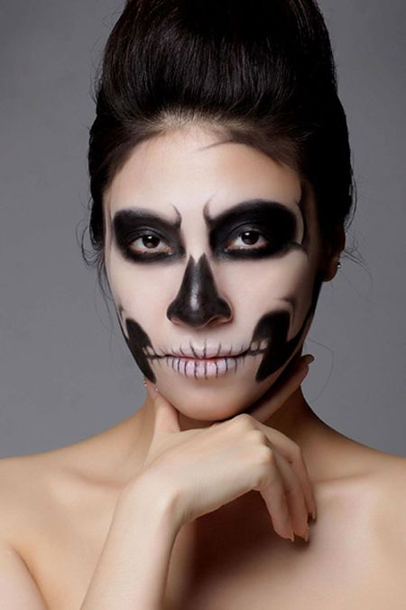 Sao Viet hoa trang Halloween rung ron doa fan dung tim - Anh 11