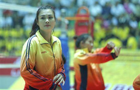 CLB Indonesia moi 'Hoa khoi' Kim Hue muc luong gan 100 trieu/thang - Anh 1