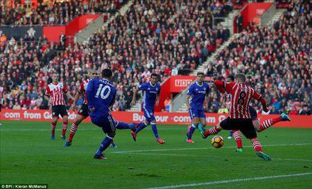 Southampton 0-2 Chelsea: Voi Conte, khoanh khac loe sang cua Hazard va Costa la du! - Anh 3