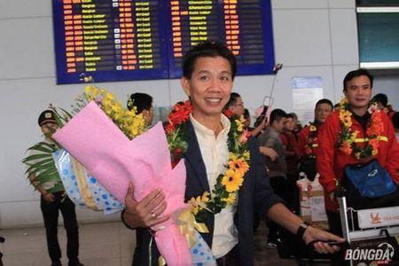 U19 Viet Nam ve nuoc, mung cong, lanh thuong hon 2 ty - Anh 1