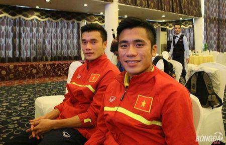 U19 Viet Nam ve nuoc, mung cong, lanh thuong hon 2 ty - Anh 5