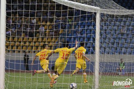 VCK U21 Quoc gia: Danh bai Than Quang Ninh, Ha Noi T&T tranh chung ket Sanna Khanh Hoa - Anh 6