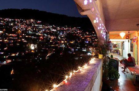 Tung bung le hoi Diwali o An Do qua anh - Anh 10