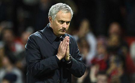 Muon cuu Man Utd, Mourinho can phai hoc Conte - Anh 3