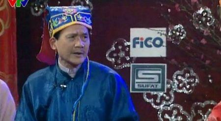 NSUT Pham Bang va vai dien de doi trong 'Gala cuoi 2004' - Anh 1