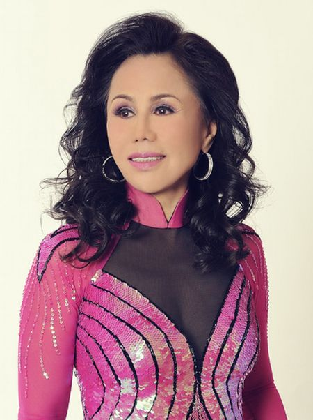 Nu danh ca Bolero Thanh Tuyen tro lai sau 4 nam vang bong - Anh 1