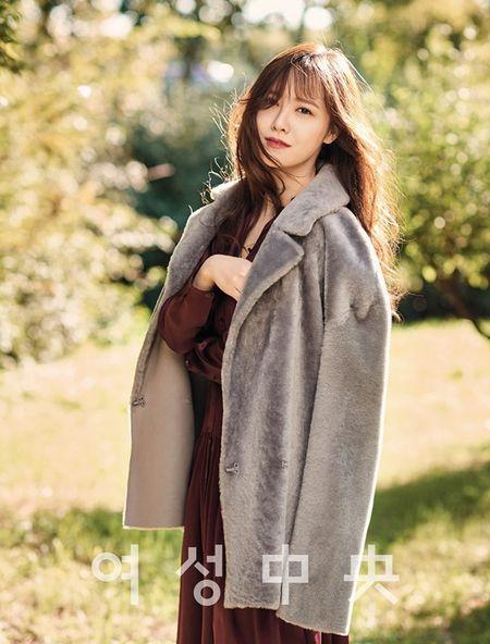 Goo Hye Sun het loi khen ngoi chong tre - Anh 5