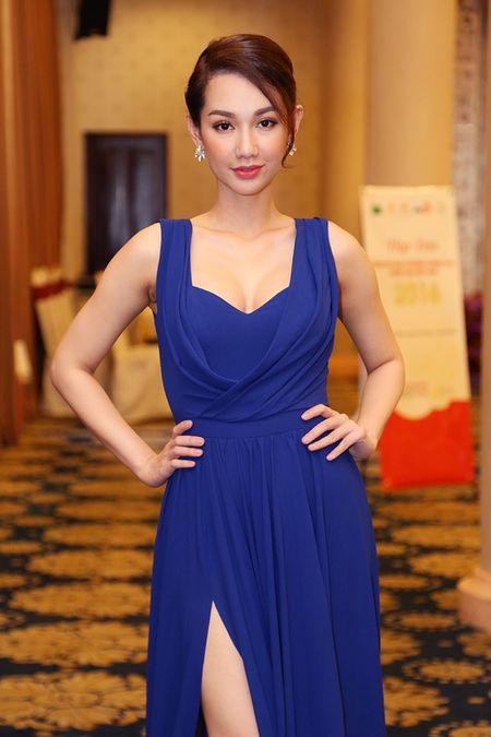 Top 10 my nhan Viet mac dep, quyen ru nhat tuan qua - Anh 12