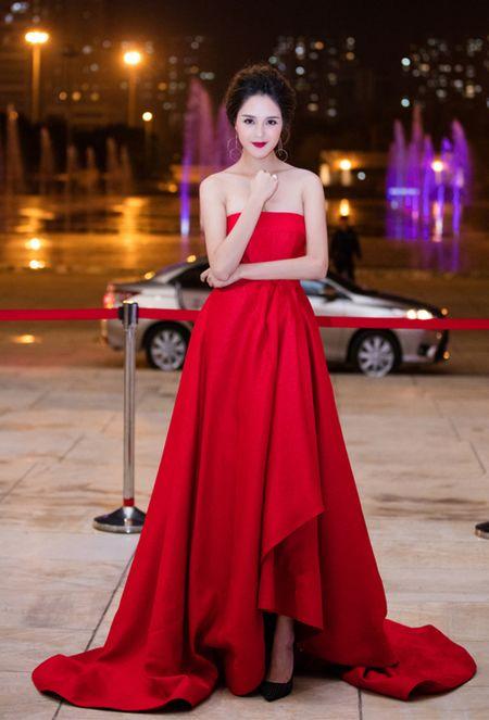 Top 10 my nhan Viet mac dep, quyen ru nhat tuan qua - Anh 3