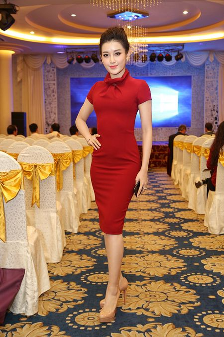 Top 10 my nhan Viet mac dep, quyen ru nhat tuan qua - Anh 6