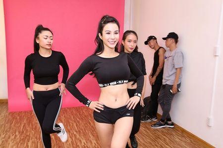 Diep Lam Anh ru re Tran Hien tham gia san pham am nhac moi - Anh 1