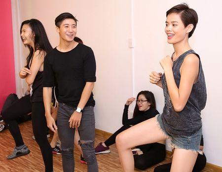Diep Lam Anh ru re Tran Hien tham gia san pham am nhac moi - Anh 5