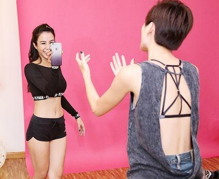 Diep Lam Anh ru re Tran Hien tham gia san pham am nhac moi - Anh 7