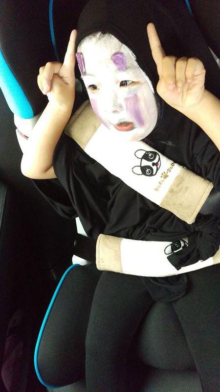 'Vo Dien' hot nhat mua Halloween se khien ban 'cuong' hon voi bo mat that cua co be - Anh 4