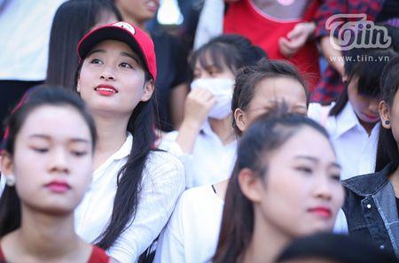Dau moi la doi CDV chat nhat Giai bong da sinh vien - Cup Viettel 2016? - Anh 10