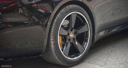 Cham mat Porsche Panamera phien ban dat nhat, hiem nhat tren pho Ha Noi - Anh 3