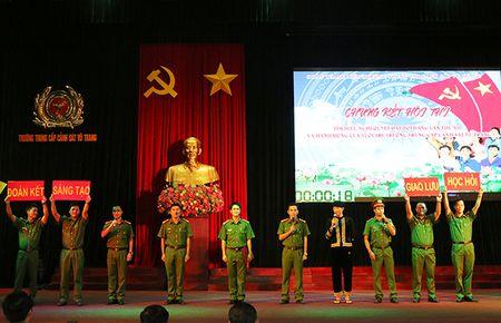 Trao giai Hoi thi tim hieu Nghi quyet Dai hoi Dang lan thu XII - Anh 4