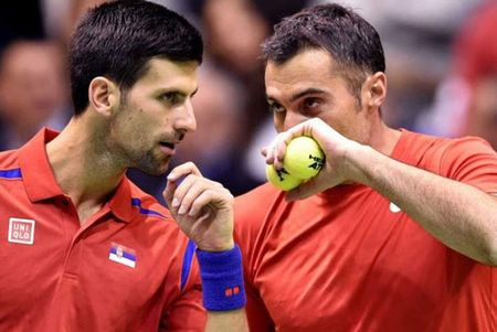"Paris Masters ngay 1: Djokovic danh cap ""ong gia"" U40 - Anh 1"