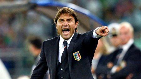 HLV Conte canh bao nguoi ham mo Chelsea cho som voi mung - Anh 2