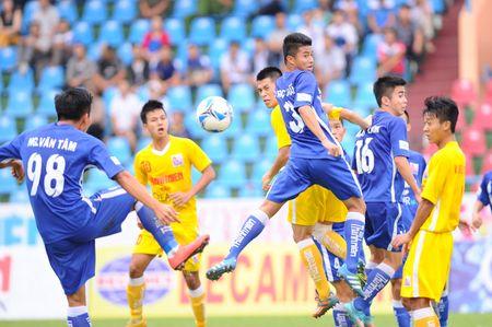 U.21 Than Quang Ninh 0-2 U.21 Ha Noi T&T: Con mot buoc bao ve ngoi vo dich - Anh 2