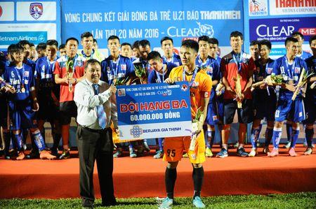 U.21 Than Quang Ninh 0-2 U.21 Ha Noi T&T: Con mot buoc bao ve ngoi vo dich - Anh 6