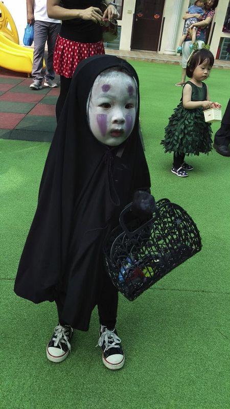 Be gai hoa trang 'Vo Dien' trong ngay Halloween hot nhat cong dong mang - Anh 1
