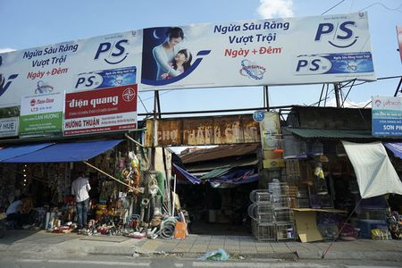 Nhung tam bien cho 'tang hinh' o Ha Noi - Anh 4