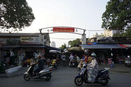 Nhung tam bien cho 'tang hinh' o Ha Noi - Anh 6