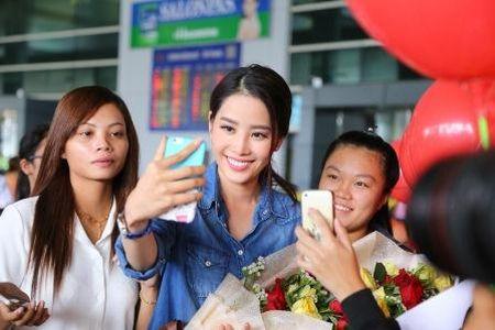 Nam Em duoc ban to chuc an ui sau su co phien dich o Miss Earth - Anh 3