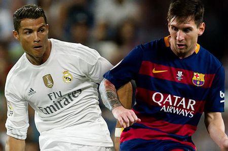 Diego Forlan chi ra su khac biet giua Cris Ronaldo voi Messi - Anh 1