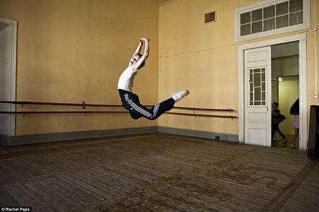 Truong day mua ballet noi tieng o Nga - Anh 5