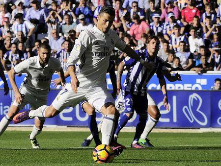 Ronaldo: Khong can hay, chi can may va penalty! - Anh 3