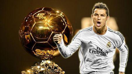 Sir Alex Ferguson khang dinh khong ai vuot duoc Ronaldo de gianh Qua bong vang - Anh 2