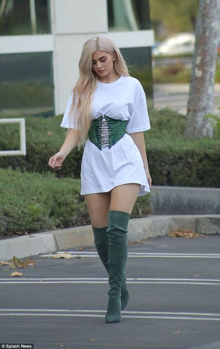 Day la nguoi day Kylie Jenner len dinh cao Hollywood - Anh 6