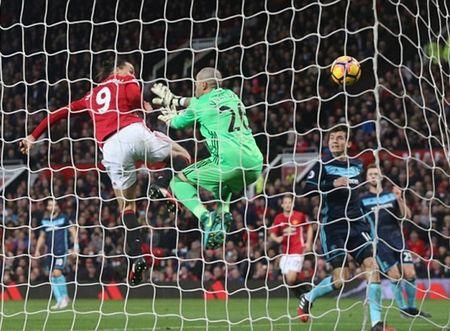 5 diem nhan Man Utd 2-1 Middlesbrough: Mourinho qua cao tay - Anh 1