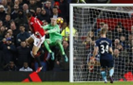 Bop nghet loi da cua Man City, Liverpool tiep tuc bam duoi Chelsea trong cuoc dua vo dich - Anh 5
