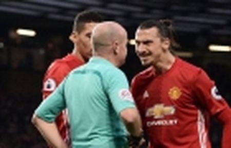 'Man United da tro ve nhu 15-20 nam truoc day' - Anh 3
