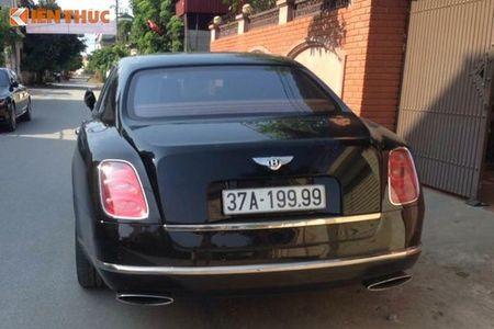 'Soi' Bentley va Range Rover tien ty ruoc dau o Nghe An - Anh 6