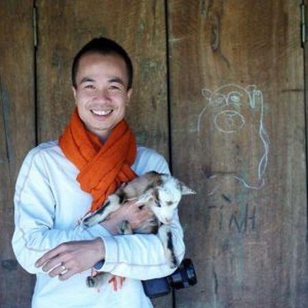 Nha bao Hoang Minh Tri - Bao Cong an Nhan dan: Phong vien cung can 'canh tac' voi bao khac de co them thu nhap sach - Anh 2