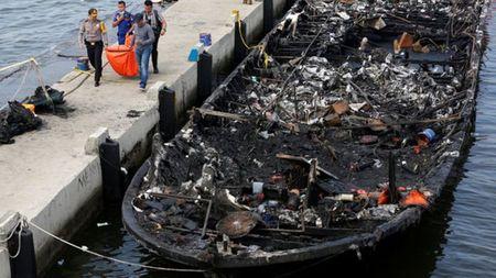 Indonesia: Chuyen tau dinh menh trong ngay dau nam moi - Anh 2