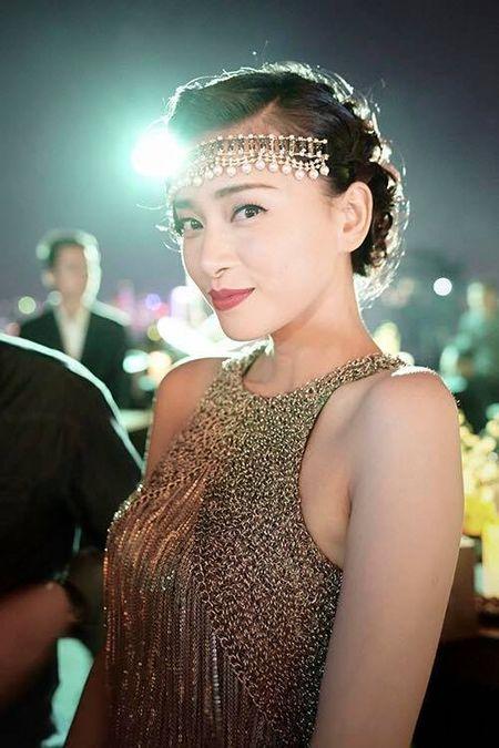 My nhan Viet ron rang gui loi chuc mung nam moi - Anh 6