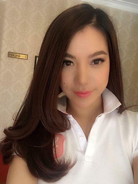 My nhan Viet ron rang gui loi chuc mung nam moi - Anh 7