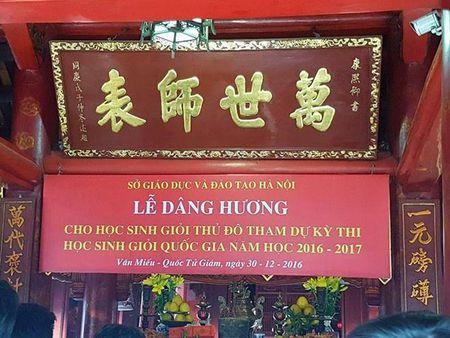 So Giao duc HN nhan sai sot voi bang ron 'Le dang huong hoc sinh gioi' - Anh 1