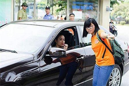 Hoang Thuy Linh kheo tan dung nhan sac sexy kiem tien chuc ty - Anh 15