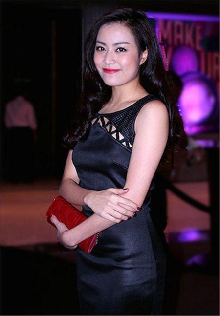 Hoang Thuy Linh kheo tan dung nhan sac sexy kiem tien chuc ty - Anh 5