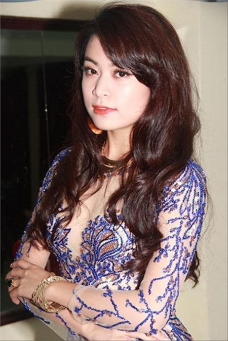 Hoang Thuy Linh kheo tan dung nhan sac sexy kiem tien chuc ty - Anh 9