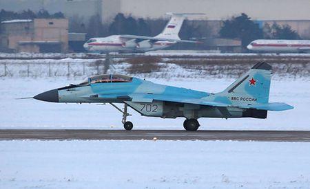 Nga bat dau thu nghiem tiem kich MiG-35 - Anh 1