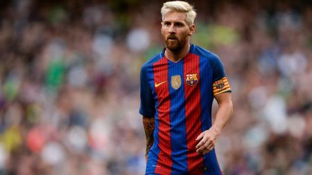 Barca va Messi: Tro choi can nao - Anh 4