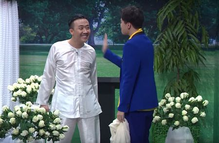 Trinh Thang Binh tat va 'chui' Tran Thanh 'mat day', Chien Thang bi mat cuoi lan 3 - Anh 2